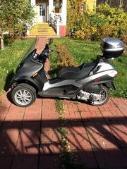 скутер Piaggio MP3 250